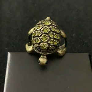 Jewelry - Turtles pace ring